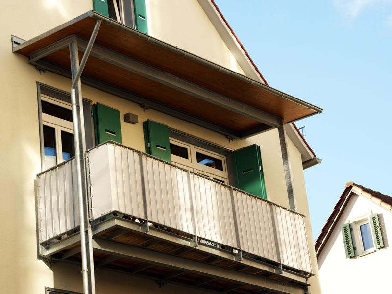 was ist eine loggia loggia und balkon was sind die unterschiede balkon loggia klimaflex. Black Bedroom Furniture Sets. Home Design Ideas